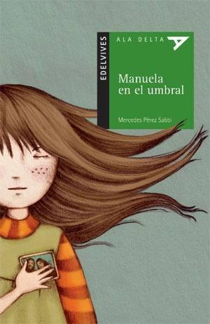 Manuela en el umbral