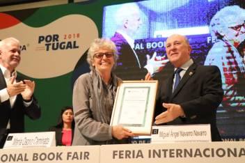 Mérito editorial María osorio