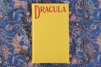 Dracula four corners books