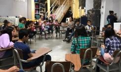 Nora Obregón y personas migrantes
